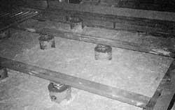 鉄骨浮床構造