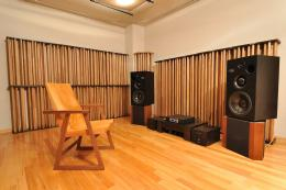 Sound Laboratory booth listening room