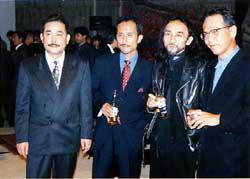 左から、田中信一氏、高橋幸宏氏、山本耀司氏、高橋信之氏