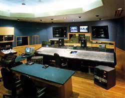 第1スタジオ・モニター室