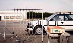 平面マイクロホンアレイを用いた車外騒音音源探査システム