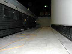 ローホリゾント吸音部(各設備設置前)とホリゾント
