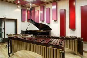 楽器練習室の室内
