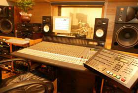 録音調整室