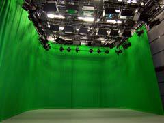 写真2 撮影スタジオ グリーンバックのカーテンホリゾント