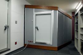 【写真-9】 小型残響室の外観