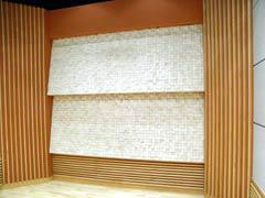 写真14 ブース後壁の拡散壁