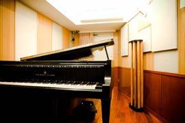 図3 ピアノ練習室でのSYLVAN設置例
