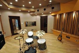 Studio : back