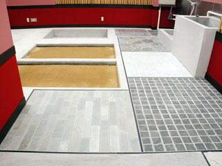 多種多様の床材を配置